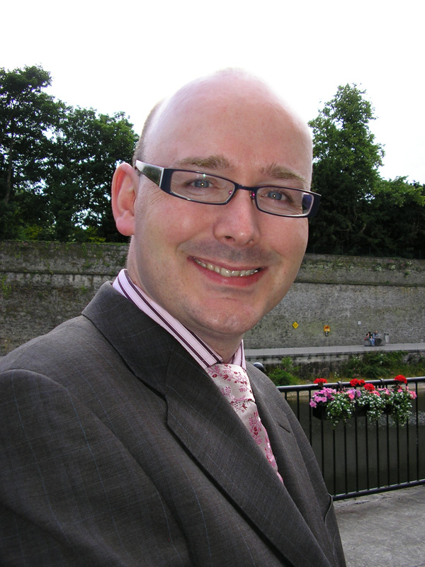 Dr Paul Murray